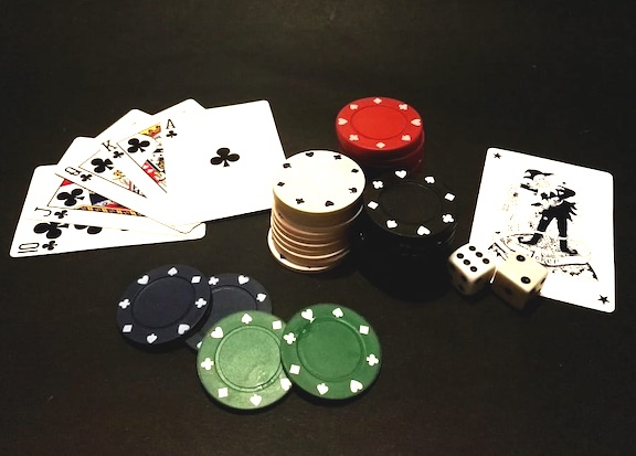 Online Poker Tips to start your tournament race